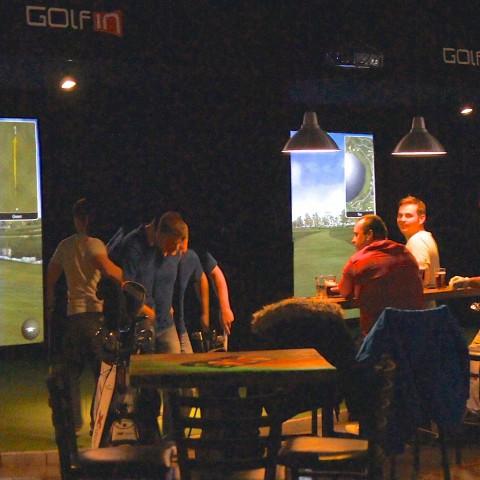 Golf intérieur sortie groupe