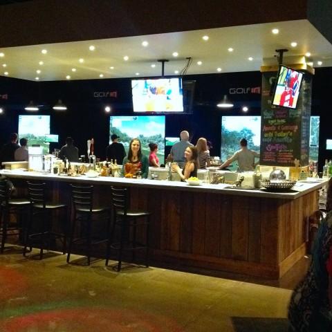 Golf intérieur bar